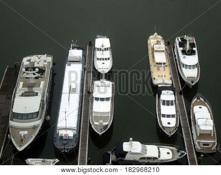 haven met boten in vogel perspectief Antwerpen