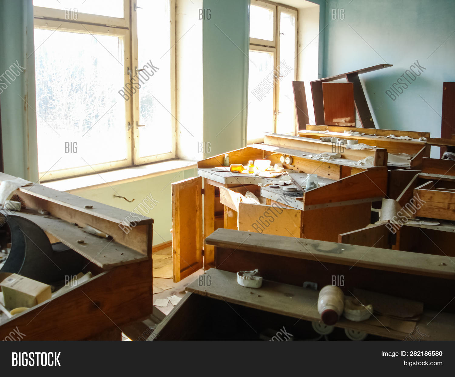 Abandoned Houses Image & Photo (Free Trial) | Bigstock
