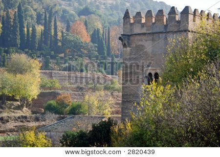 Alhamnbra Palace And Gardens