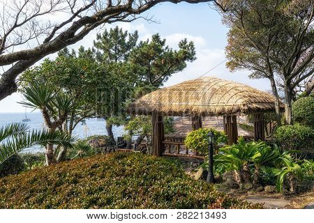 Jeju Straw Thatched Roofs