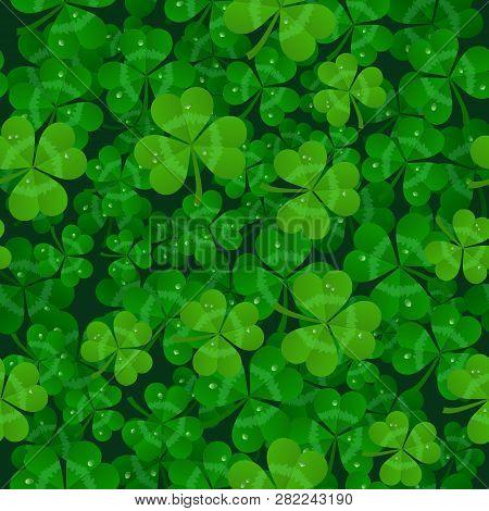 Vector Saint Patricks Day Seamless Shamrock Background
