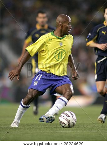 BARCELONA, SPAIN - MAY. 25: Brazilian player Ze Roberto in action during the friendly match between Catalonia vs Brazil at Nou Camp Stadium on May 25, 2004 in Barcelona, Spain