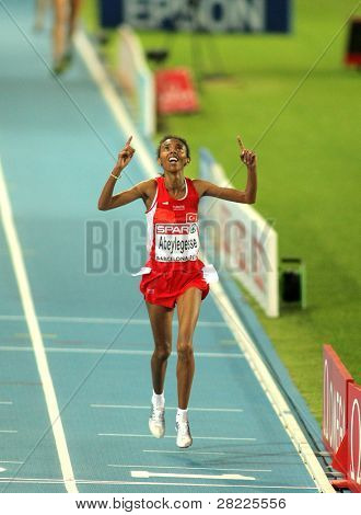 BARCELONA, SPAIN - JULY 28: Elvan Abeylegesse of Turkey winning the Women 10000m final during the 20th European Athletics Championships at the Olympic Stadium on July 28, 2010 in Barcelona, Spain