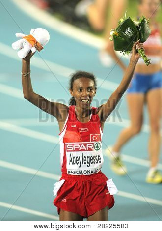 BARCELONA, SPAIN - JULY 28: Elvan Abeylegesse of Turkey celebrates the Women 10000m victory during the 20th European Athletics Championships at the Olympic Stadium on July 28, 2010 in Barcelona, Spain