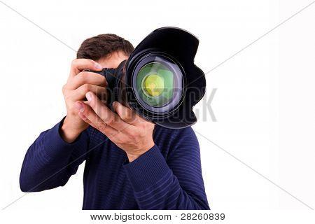 Fotógrafo profesional con cámara sobre fondo blanco