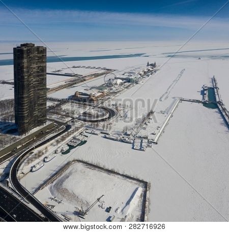 Winter panorama of Chicago. Polar vortex.