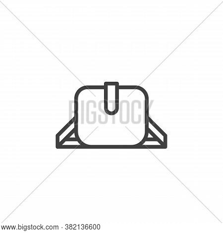 Women Purse Line Icon. Linear Style Sign For Mobile Concept And Web Design. Elegant Woman Handbag Ou