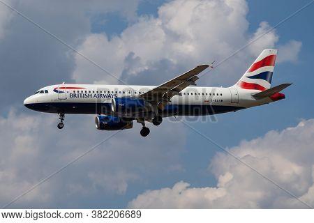 London / United Kingdom - July 14, 2018: British Airways Airbus A320 G-euym Passenger Plane Landing