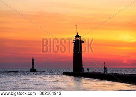 Lighthouse in Kenosha, Wisconsin at sunrise