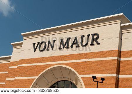 Von Maur Retail Department Store Exterior And Trademark Logo