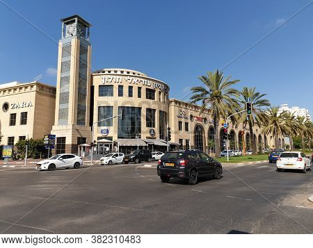 Holon, Israel. August 05, 2020. A General View Of The Street Corner And The Main Holon Mall Trading