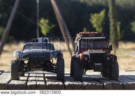 Rc 4wd Cars Driven Off-road The City (avila, Spain; 08/22/2020)