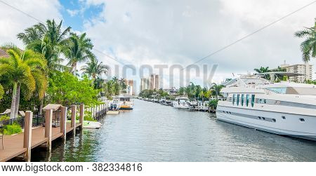 Luxury Houses And Yachts In Las Olas Isles In Fort Lauderdale. Florida, Usa