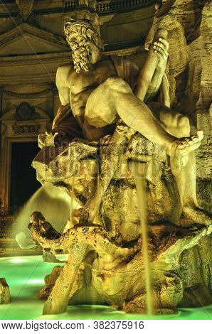 Beautifull Shoot Of A Sculpture In The Night Of Rome