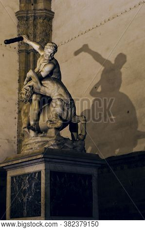 Awesome Nightshoot Of Hercules Sculpture By Night