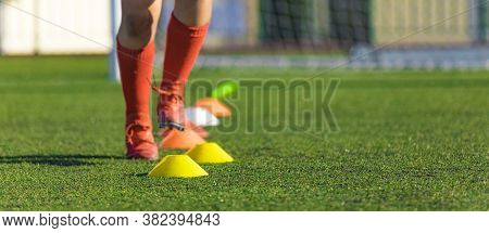Summer Training Camp. Soccer Drills: The Slalom Drill. Youth Soccer Practice Drills. Young Football