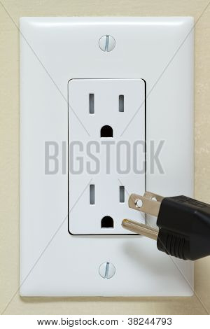Electrical Outlet With Cable