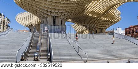 Sevilla, Spain - May 14, 2019: Panorama Of The Escalator And Steps Leading To The Metropol Parasol I