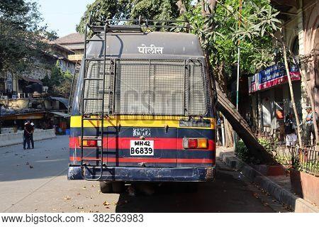 Mumbai, Maharastra/india- March 23 2020: Back Side Of The Mumbai Police Van. Curfew And Lockdown In
