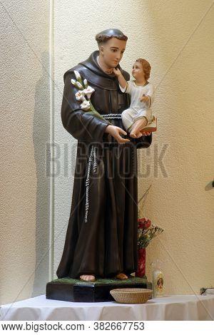 ZAGREB, CROATIA - SEPTEMBER 03, 2014: Saint Anthony of Padua, statue in the parish church of St. Matthew in Dugave, Zagreb, Croatia