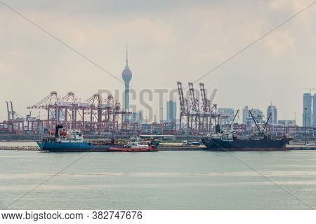 Colombo, Sri Lanka - November 25, 2019: View Of The Commercial Dock Of The Port Of Colombo, Sri Lank