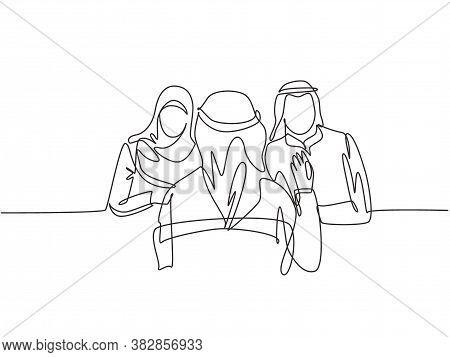 One Single Line Drawing Of Young Muslim Stratup Founder Interviewing Employee Candidate At Office. S