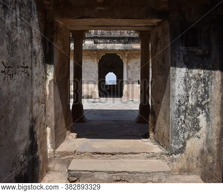 Gwalior, Madhya Pradesh/india : March 15, 2020 - Inner Structure Of Karan Palace In Gwalior Fort