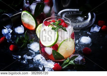 Summer Cool Alcoholic Cocktail Raspberry Mojito Cocktail With Lime, Rum, Mint And Ice. Bar Tools, Gr