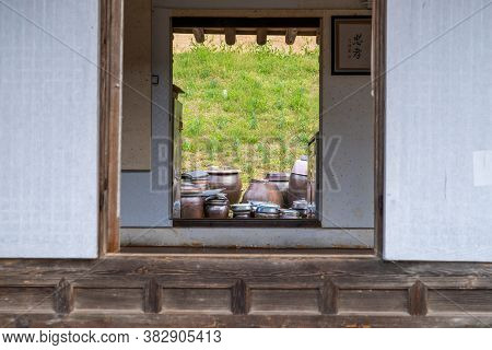 Seosan,south Korea-april 2020: Korean Traditional Kimchi Clay Pots View From A Traditional House Win