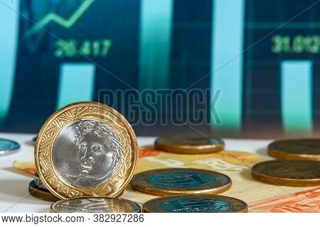 Brazilian Currency In 2021 With Financial Chart Symbol Of The Brazilian Economy