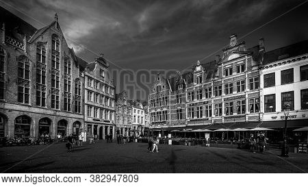 Brugge / Belgium - Sept. 18, 2018: Black And White Photo Of Medieval Houses With Step Gables Lining