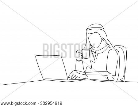 One Single Line Drawing Of Young Male Muslim Business Manager Reading Annual Report On Laptop Screen