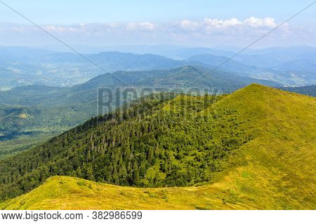 Traveling By The Carpathians. Polonyna Runa, Gostra, And Other Peaks. Spring, Summer And Autumn Rest