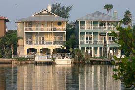 Homes On Intercoastal Waterway