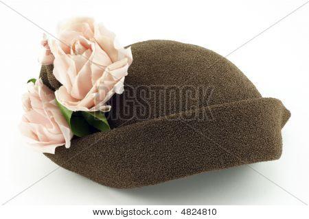 Vintage Ladies Hat With Pink Roses
