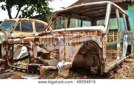 The Dilapidated SUV