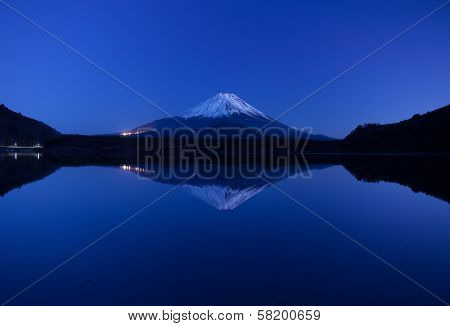 Inverted image of Mt.Fuji - silent early morning