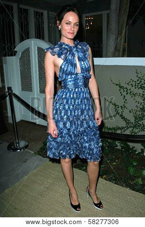 Amber Valletta at the Oscar De La Renta Boutique Opening Benefiting EIF Women's Cancer Research Fund. Saks Fifth Avenue, Beverly Hills, CA. 04-18-07