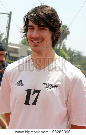 Brandon Routh at the Soccer for Survivors Celebrity Showcase Match. Beverly Hills High School, Beverly Hills, CA. 07-22-07