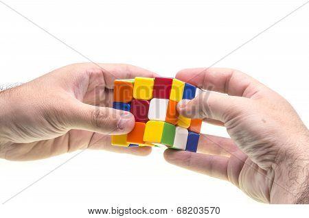 Resolving Rubik's Cube