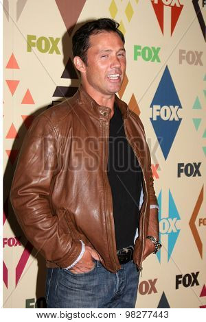 LOS ANGELES - AUG 6:  Jeffrey Donovan at the FOX Summer TCA All-Star Party 2015 at the Soho House on August 6, 2015 in West Hollywood, CA