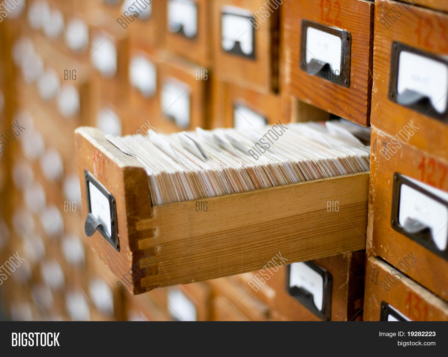 electronic library card catalog system Providing the prince william area with free access to  catalog, fines & more locations  the prince william public library system supports the county vision of.