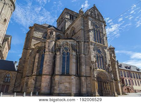 Liebfrauenkirche in Trier with blue sky pictures