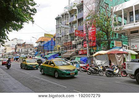 BANGKOK / THAILAND -JULY 12, 2016 - Street of Bangkok. THAILAND.