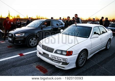 Toyota Chaser And Audi Q3