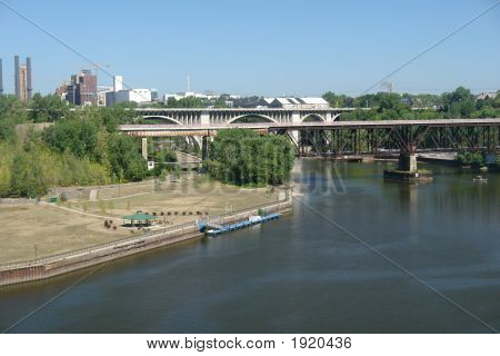 Puentes de Minneapolis