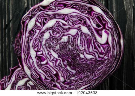 the natural texture of fresh cut purple cabbage