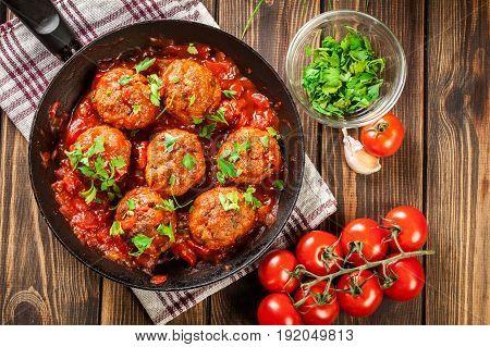 Pork Meatballs With Spicy Tomato Sauce