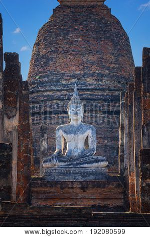 Wat Sa Si Temple in the precinct of Sukhothai Historical Park, a UNESCO World Heritage Site in Thailand