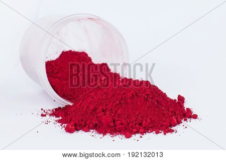 Carmine Naccarat pigment on a white background